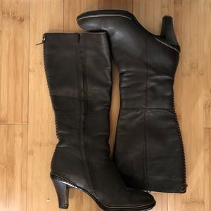 Super comfy Sofft boots with lace up detail